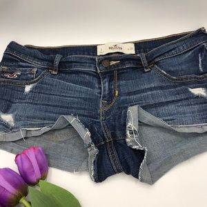 Hollister blue jean low rise sexy shorts size W28